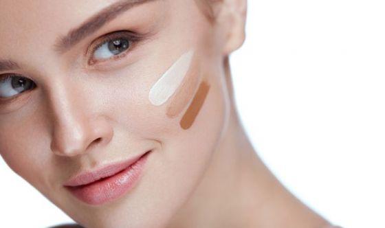 Fondotinta per la pelle secca: guida alla scelta