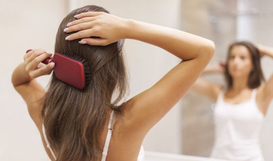 Beauty routine antismog: 7 gesti per viso e capelli protetti