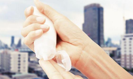 Inquinamento, nuovo nemico della pelle: k.o. in 3 mosse