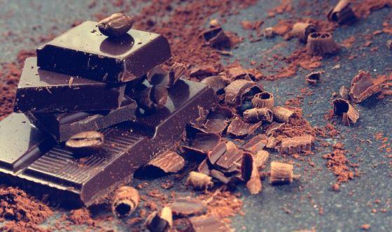 Idratazione e cioccolato: i segreti di una pelle perfetta
