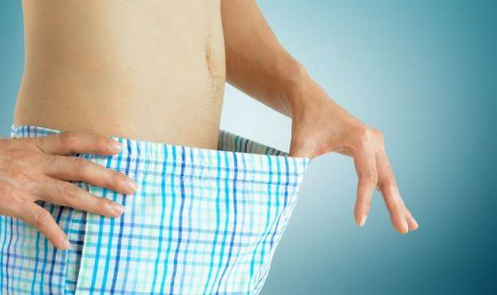 Allungamento del pene: chirurgia o esercizi manuali?