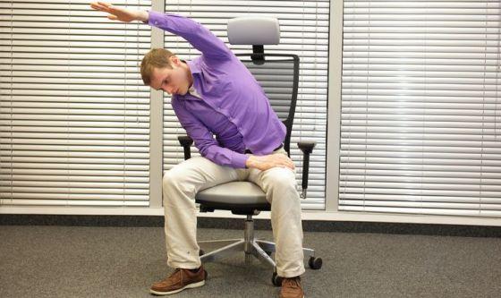 Pilates sulla sedia: una pratica per tutti