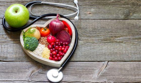 I 5 alimenti che proteggono il cuore d'estate