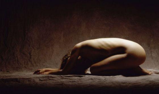 Il Naked Yoga: la pratica senza vestiti