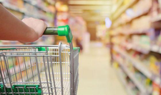 A lezione di spesa con la nutrizionista