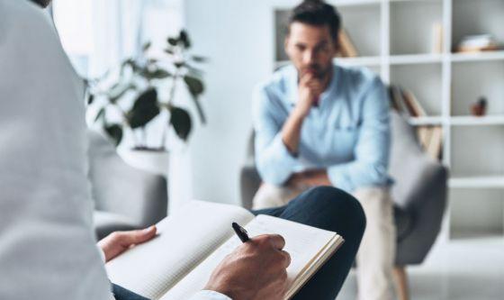 Come si sceglie lo psicologo in semplici passi