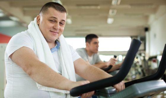 Quale tipo di esercizio fa perdere più peso negli obesi?