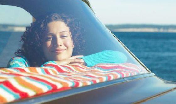 Attenzione ai raggi UVA in auto: filtrano dai finestrini