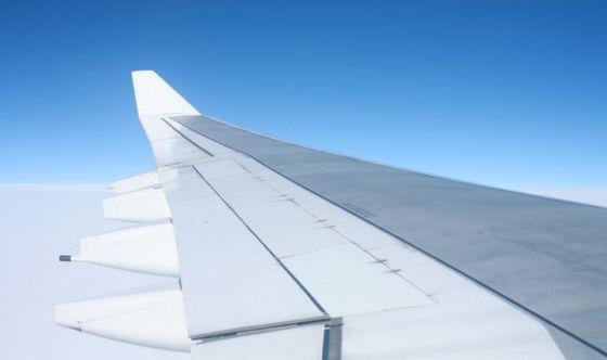 Paura di volare: come affrontarla con i rimedi naturali