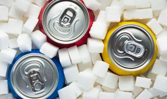 Troppe bibite zuccherate aumentano il rischio di cancro