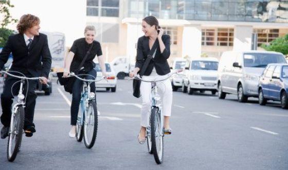 Al lavoro in bici per ridurre il rischio cardiovascolare