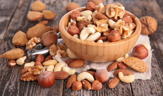 Noci e mandorle: un toccasana per i diabetici