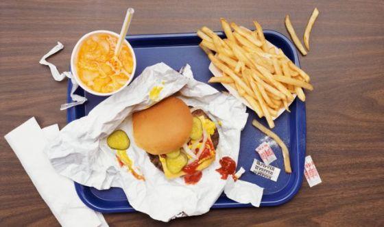 Pausa pranzo: come ridurre il consumo di sale fuori casa