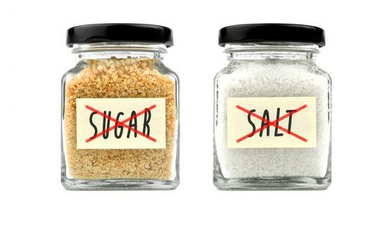 I modi per ridurre sale e zucchero? Sono gli stessi