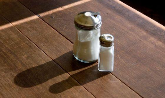Troppo sale e zucchero accorciano la vita