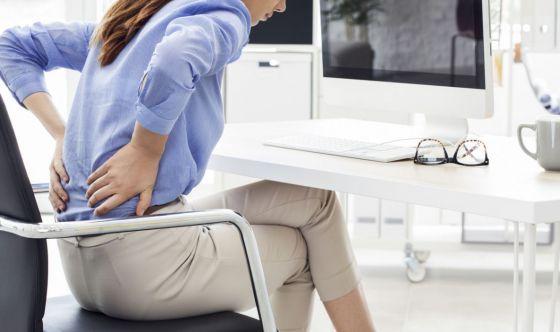 La sedentarietà forzata e il mal di schiena