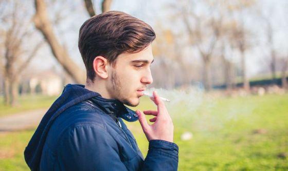 Ragazzi attenti: il fumo mette ko il sesso