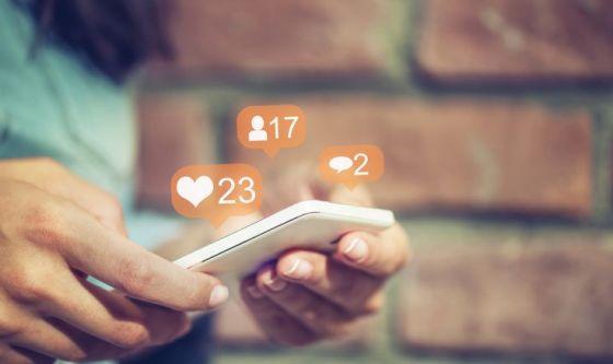 Usi tanto i social? Diventi più narcisista