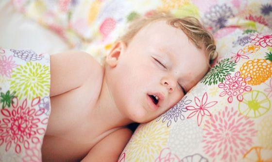 Bimbi: ecco la dieta che concilia il sonno