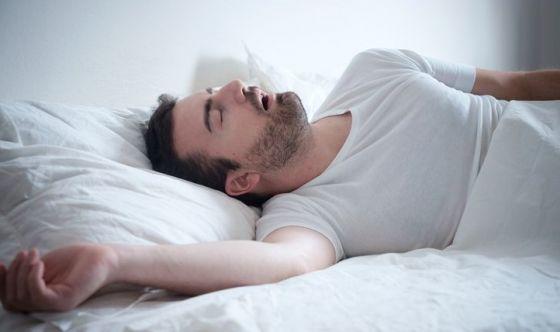 Apnee ostruttive nel sonno: i rischi per chi guida