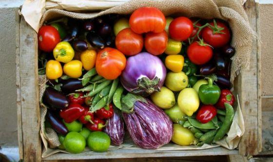 La spesa green, bio e a km zero batte la crisi