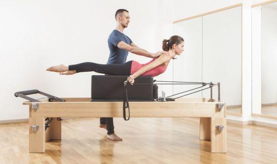 Combattere la stanchezza surrenale col Pilates