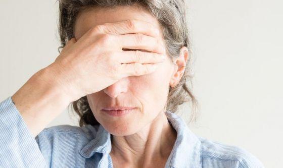 Perdita di memoria e ansia: effetti avversi della menopausa?