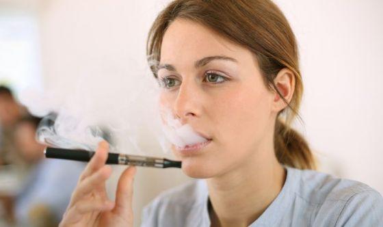 Le E-cig aumentano il rischio di patologie orali?