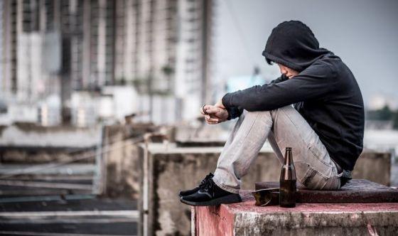 Rischio suicidio maggiore per i teenager non eterosessuali