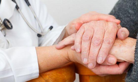 Affrontare l'ansia di chi sopravvive al tumore
