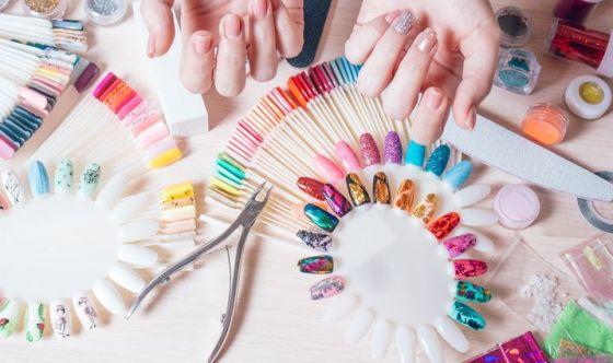 Nail art: tutti pazzi per le unghie decorate, ma è sicuro?