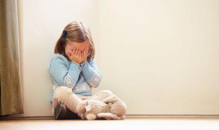 Le violenze subite da bambini accorciano la vita di 10 anni