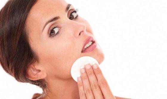 Pulizia del viso: scegli tra questi 7