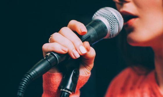 La corretta idratazione aiuta la salute della voce