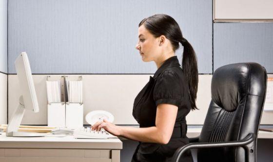 Portare lo yoga in ufficio