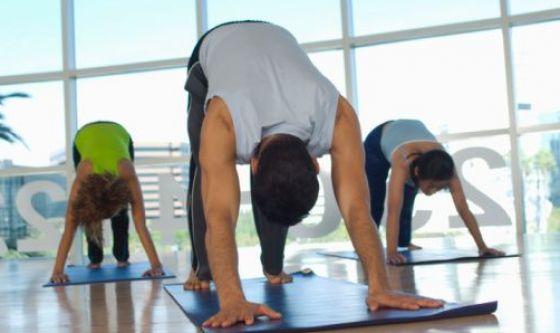 Uno spazio per lo yoga in aeroporto