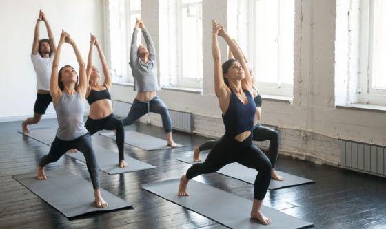 Come (e quando) lo  yoga può davvero aiutarvi