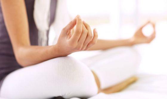 Lo yoga, la qualità della vita e le malattie intestinali
