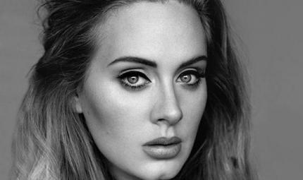 Adele racconta i momenti bui dopo la nascita del primogenito