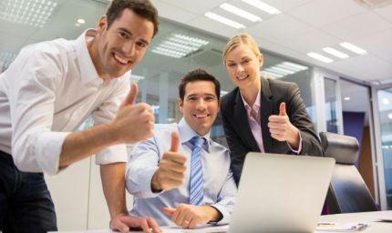 Amicizia sul lavoro: come gestirla?