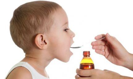 Bambini con la tosse: i rimedi omeopatici