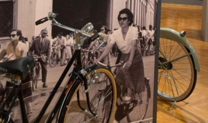Ma dove vai bellezza in bicicletta?