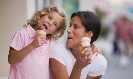 Bimbi: sì al gelato, a tutte le età