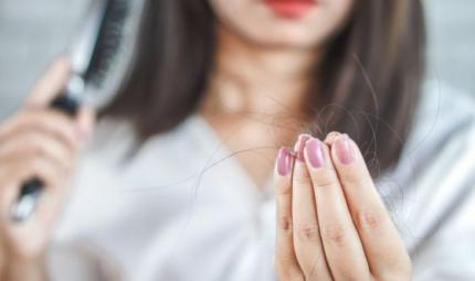 Come combattere la caduta dei capelli stagionale?