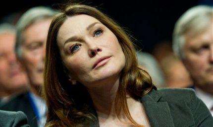 Carla Bruni non vuole la chirurgia plastica