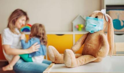 Cosa dovrebbero sapere i genitori su influenza e COVID-19