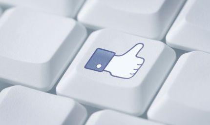 Cresce la dipendenza da social network