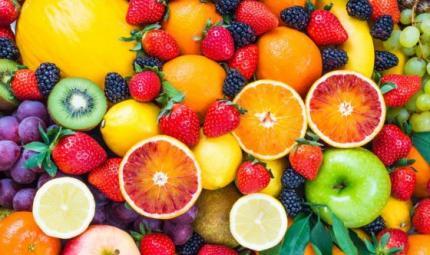 Perdere peso: aiutiamoci con la frutta