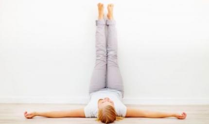 Gambe più leggere con lo yoga