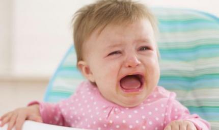 Il bimbo piange? Non scuoterlo mai!